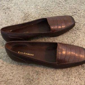 Women's Flats: Shoes